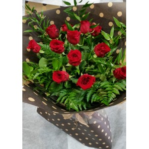 12 stems Red Rose beautifully gift wrapped