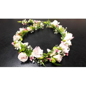 Soft and pretty flower crown