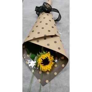 Sunflower gift wrap presentation